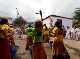 100424 Cultura. Musica. Inauguracion de la I Escuela de Samba de Canarias. La Orotava. Tenerife. Islas Canarias (C) Aaron S. Ramos/AD7.es